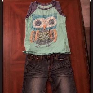 Girls oufit denim shorts and Mudd top